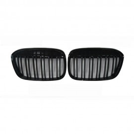 BMW X1 M-Full Black Front Grill